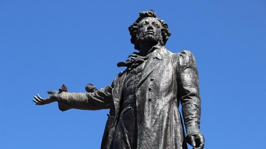 Monument to A.S. Pushkin by M.K. Anikushin. Installed in 1959. Saint Petersburg, Russian Federation. oraswet / pixabay