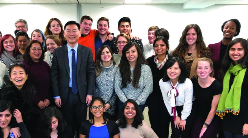 Special lecture on global citizenship by Ambassador Hahn to the MA students from Harvard University majoring in international education policy. © Hyun June Chung, MA student from Harvard University