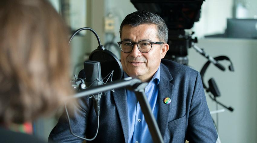 """Felipe Camargo, UNHCR Regional Representative for Southern Europe, tells UNHCR Chief of Communications Melissa Fleming about the most challenging aspects of his humanitarian career for the podcast """"Awake at Night."""" © UNHCR/Susan Hopper"""