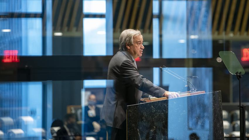 Secretary-General António Guterres addressing the General Assembly