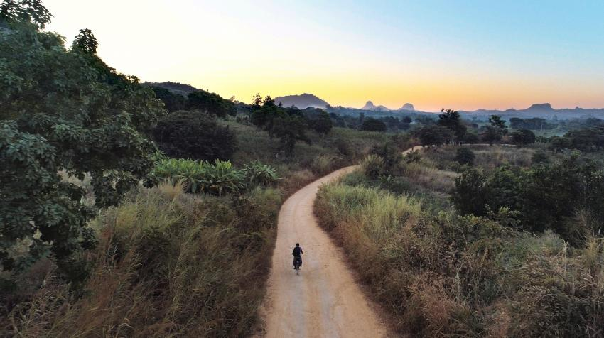 A Buffalo Bicycle rider goes the distance in rural Malawi. Photo by World Bicycle Relief