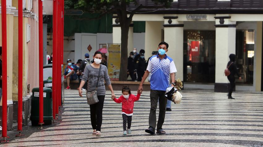 People wearing face masks in China as a protective measure (Photo: UNFPA China)