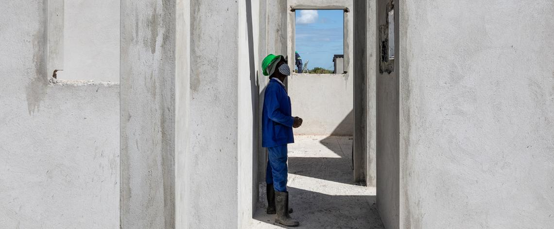 Reconstruction in Beira, Mozambique, two years after Tropical Cyclone Idai. June 2021. Photo by Chris Huby for UNDRR