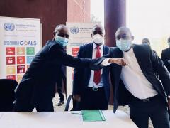 Salvator Niyonzima, UN Resident Coordinator hands over essential PPE to Motlatsi Maqelepo, Minister for Health and Thabo Khasipe, CEO, NACOSEC, Government of Lesotho
