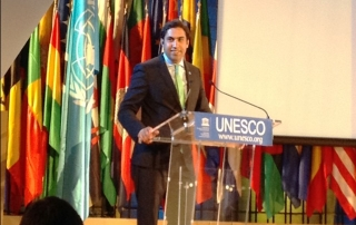 Alhendawi delivering opening remarks at the 8th UNESCO Youth Forum, Paris