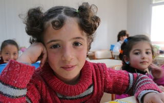 On 22 April 2015, young girls in classroom at the opening of a new education centre for Syrian children in Kahramanmaras. UNICEF/UNO19130/Ergen